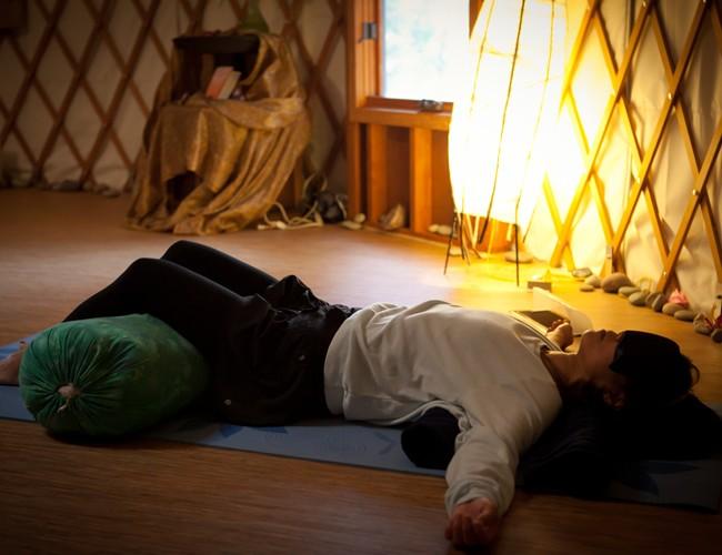 restorative_yoga2